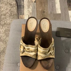 Gucci logo sandals